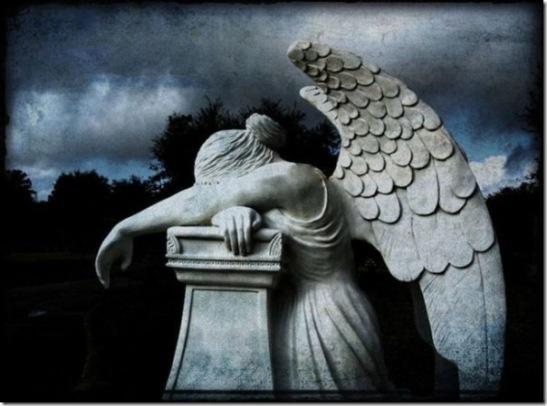 Esculturas no Cemitério (10)[2]