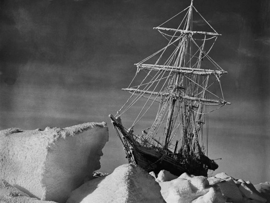 Endurance trapped in ice, 1916